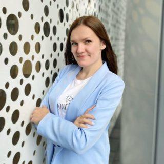 Томбасова Анастасия Константиновна, преподаватель музыки